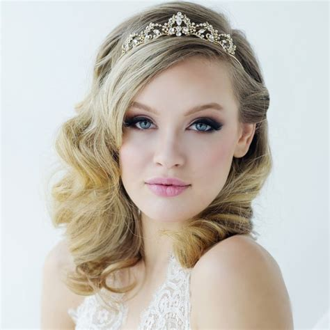 Bridal Hairstyles Hair Tiara Veil by Wedding Tiara Hairstyle Www Pixshark Images