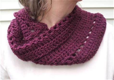 10 free crochet cowl patterns fast easy 101 crochet