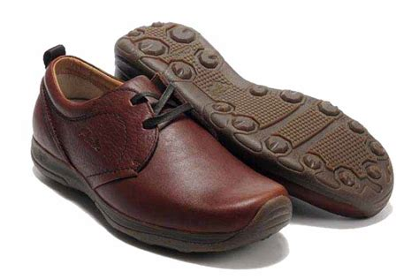 clarks shoes locations clarks shoes outlet shops clarks active air leather
