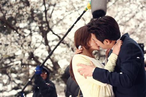 Cunning single lady kiss epub