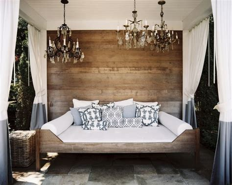 Day Bed Valance 25 Best Ideas About Outdoor Daybed On Porch