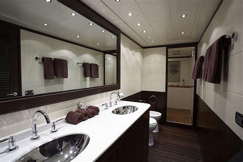 bathroom decor ideas  tub  colors midcityeast