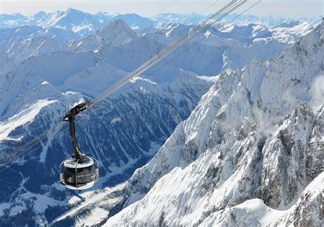 ski italy skiing in italy italian ski resorts review