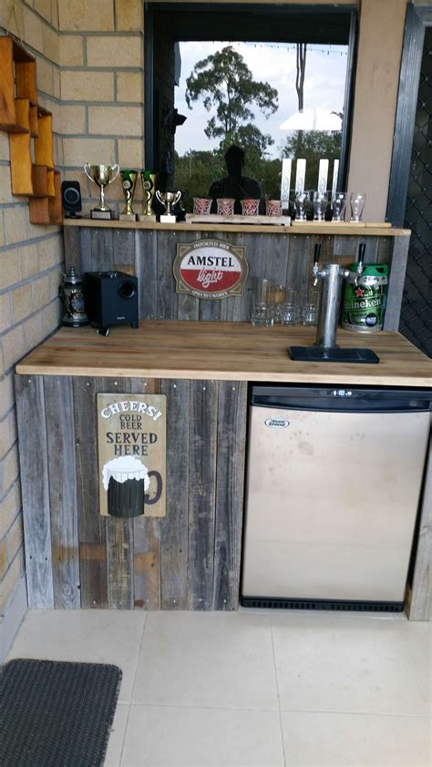 amazing bars   pallet wood   inspiration