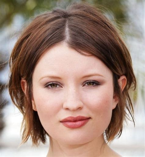 short layered hairstyles with middle parts best cute short layered haircuts for round face shape