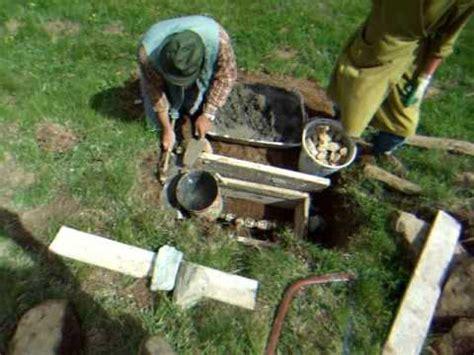 eliminare le talpe dal giardino menar 246 l trappola per talpe