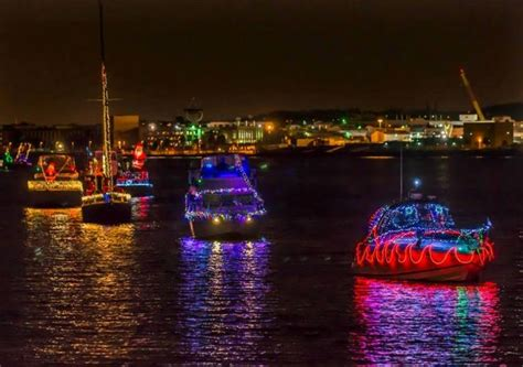 boat holiday lights a jolly good time this weekend only in arkansas