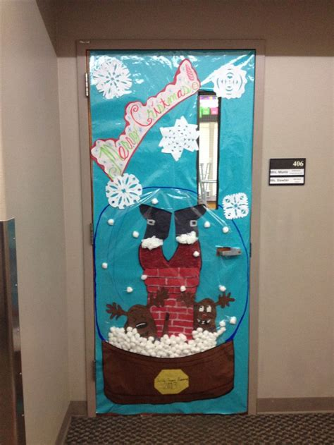 door christmas decoration contest door decoration for a contest snow globe school ideas