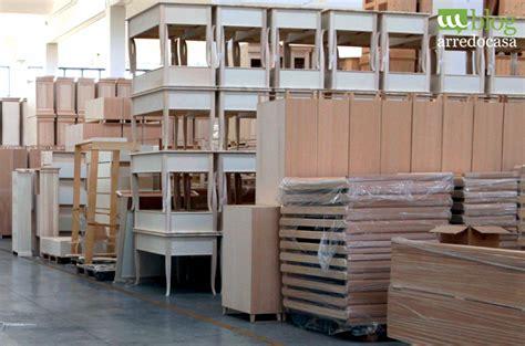 mobili in legno grezzo mobile soggiorno legno grezzo tavolo soggiorno legno