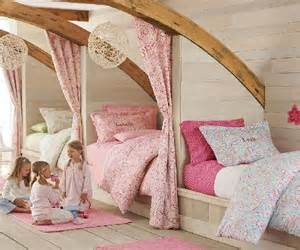 Triplets In Their Bedroom 3 Best Ways To Personalize A Kid S Room J Amp O Fabrics