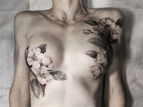 mastectomy tattoo artist beautifully explains why cover their
