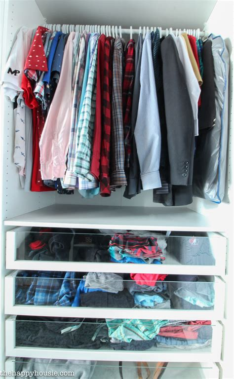 Organizing Shirts In Closet by 7 Tips For Completely Organizing Your Closet And Dresser