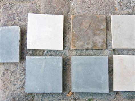 Weißer Zement Und Quarzsand by Farbiger Beton