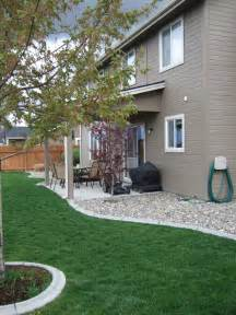 Garden Of Foundation Rocks Against Your House Instead Of Mulch Keeps Moisture