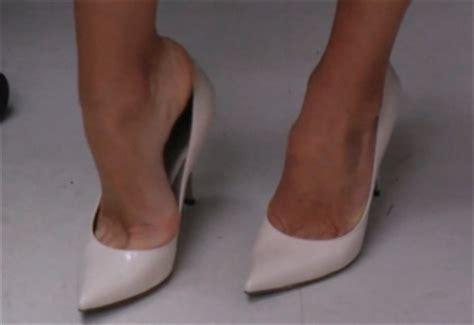 what type of shoo does kelly ripa use kelly ripa s feet