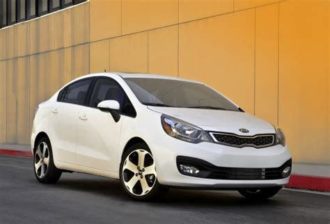 Kia M 2014 Kia Review Ratings Specs Prices And Photos