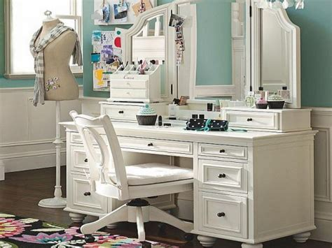 50 Awesome Vanity Table & Makeup Table For Ladies   Top