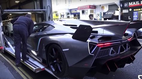 lamborghini veneno transformer lamborghini veneno concept arrives in london for the 1st