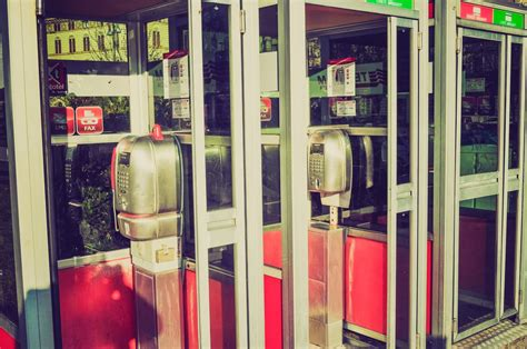cabine telefoniche riciclo cabine telefoniche non sprecare
