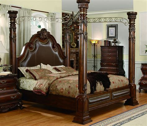 four poster king size bedroom sets yuan tai calidonian king size canopy poster bed in dark