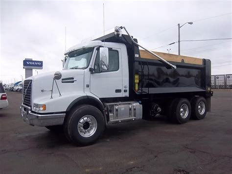 used volvo dump trucks 2017 volvo dump trucks for sale used trucks on buysellsearch