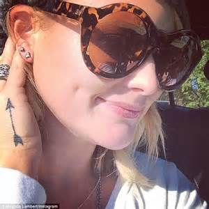 miranda lambert tattoo miranda lambert reveals unicorn she got for
