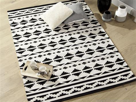 Tapis Scandinave Noir Et Blanc 1676 o 249 trouver un tapis noir et blanc joli place