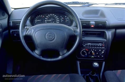 OPEL Astra Caravan specs   1994, 1995, 1996, 1997, 1998