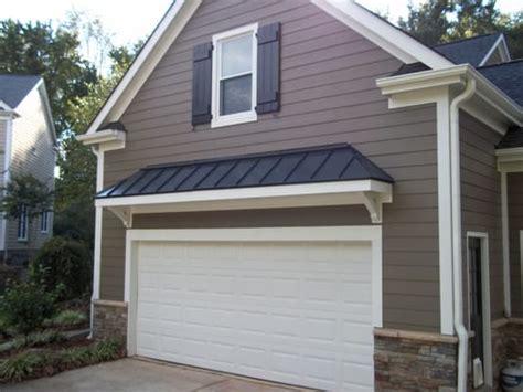 Gable Roof Garage Replaced Rotten Masonite With Hardieplank Hardie Board