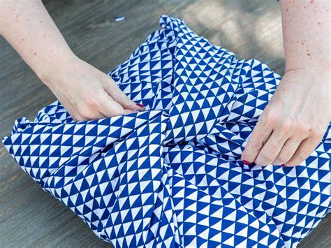 how to make a no sew pillow cover hgtv