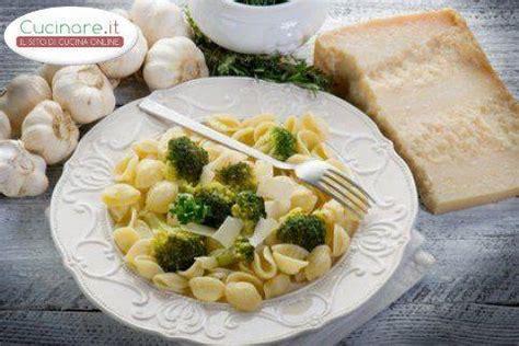 cucinare orecchiette orecchiette con broccoli cucinare it