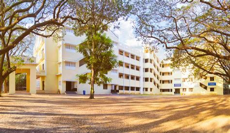 Loyola Distance Education Mba by Loyola College Chennai Reviews 2016 2017
