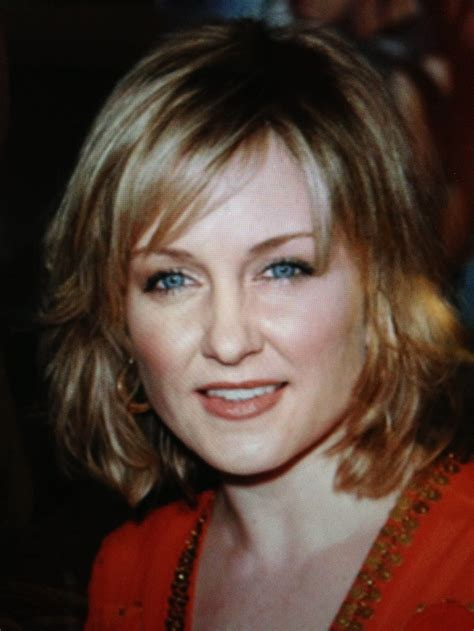amy carlson new hair cut mediagazer rachael edwards