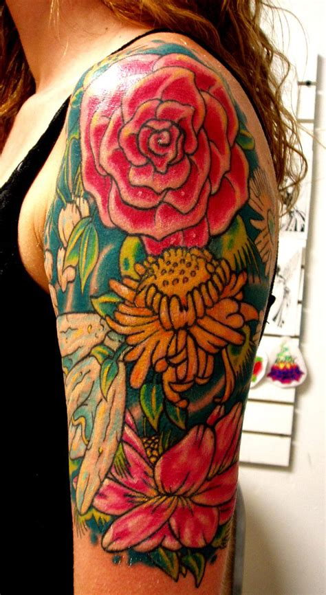 sleeve tattoo with roses exle of half sleeve designs for