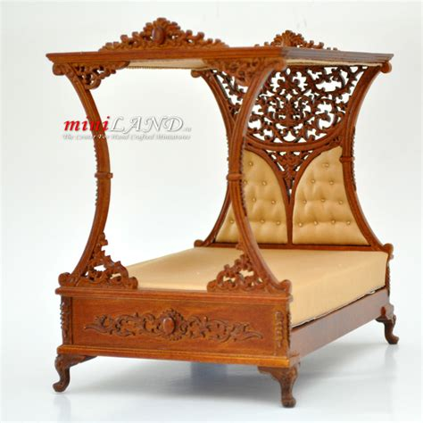 doll house scales luxurious canopy bed for dollhouse 1 12 scale miniature