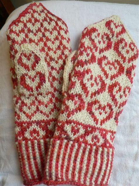knit pattern heart mittens colorwork heart mittens free pattern vantar pinterest