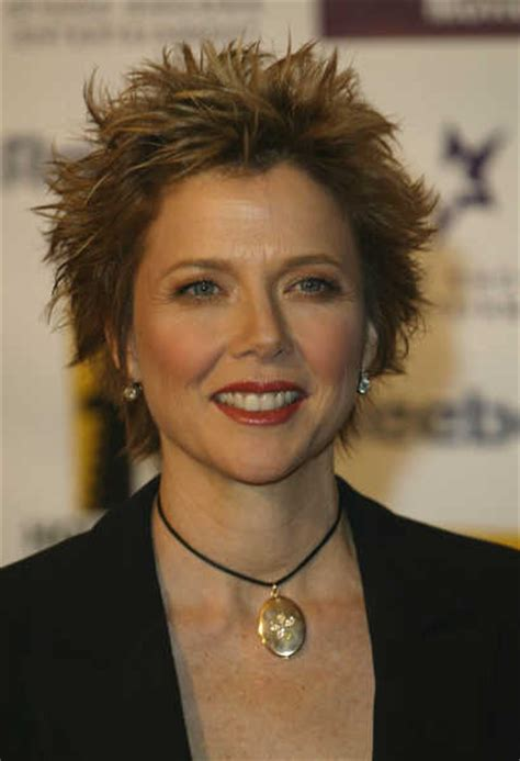 spiked shag hairstyle annette bening short hair annette bening looks powerful