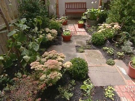 Small Cottage Garden Design Ideas Patio Ideas On Pinterest Small Gardens Balinese Garden And Small City Garden