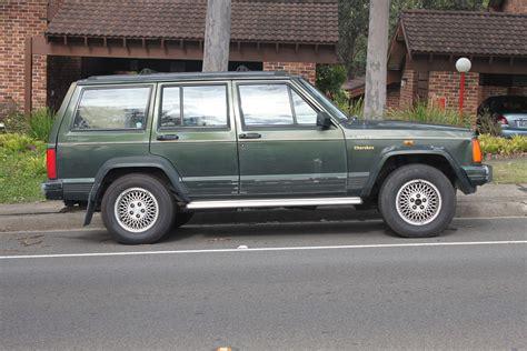 books about how cars work 1994 jeep cherokee windshield wipe control file 1994 jeep cherokee xj limited 5 door wagon 17995134652 jpg wikimedia commons