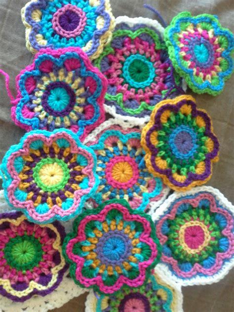 flower pattern mandala bursting blooms flower mandala free pattern the sparkly