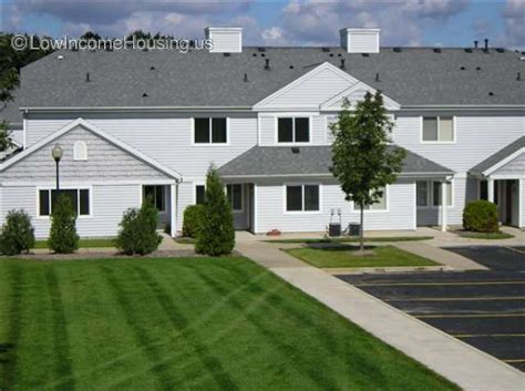 Evergreen Apartments Kalamazoo Michigan Pinehurst Townhomes 6740 Andover Dr Kalamazoo Mi 49009