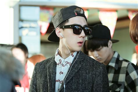 Sehun Postcard By Two Moons dl pic 131223 sehun at beijing airport 23p hyper beat