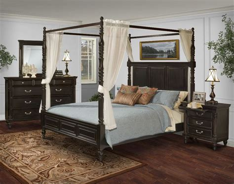 Used Canopy Bedroom Sets 25 Best Ideas About Canopy Bedroom Sets On
