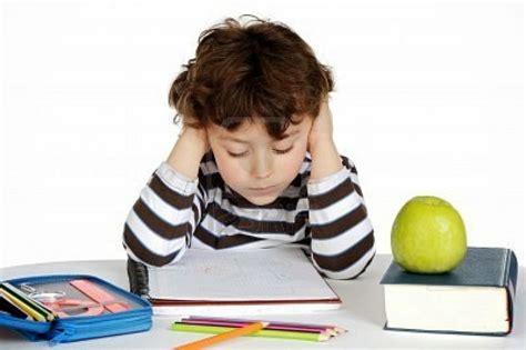 imagenes comicas de niños estudiando fotos de un ni 241 o estudiando imagui