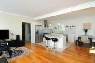 open kitchen and living room floor plans cuisine ouverte sur salon une solution pour tous les espaces
