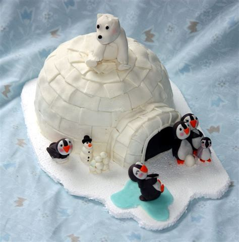 polar decorations 18 best images about penguins polar bears on penguins penguin cakes and cake wrecks