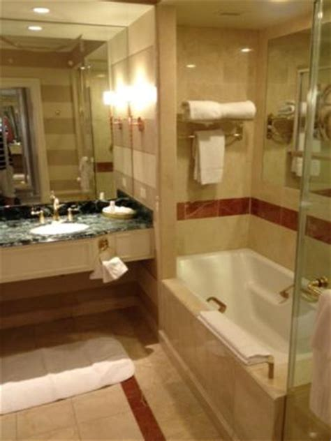 bella bathrooms reviews bella suite bathroom picture of the venetian las vegas