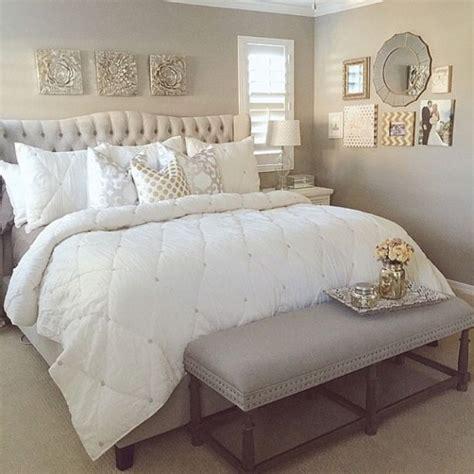 Rhinestone Bedroom Decor by Best 25 Bling Bedroom Ideas On