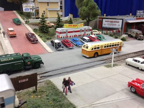 small layout scrapbook carl arendt jim sacco s city classics display layout modelrailroad