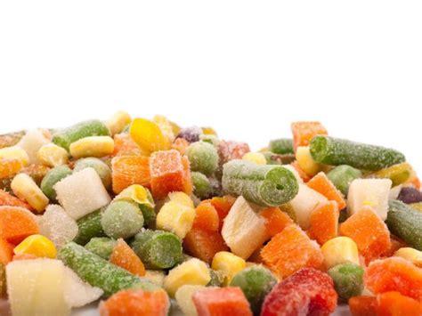 conservazione degli alimenti in frigo frigo o freezer i segreti della conservazione degli